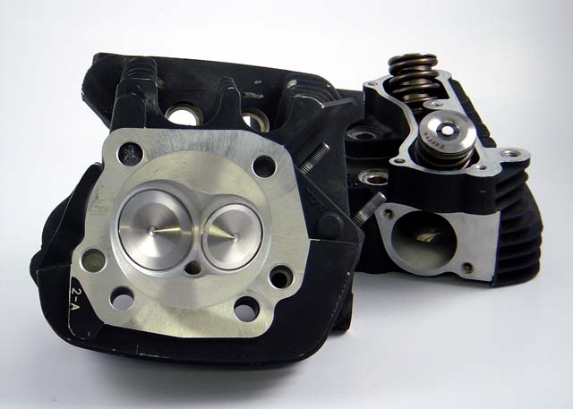 HAMMER PERFORMANCE SLEDGE CNC Ported Buell Thunderstorm Cylinder Heads